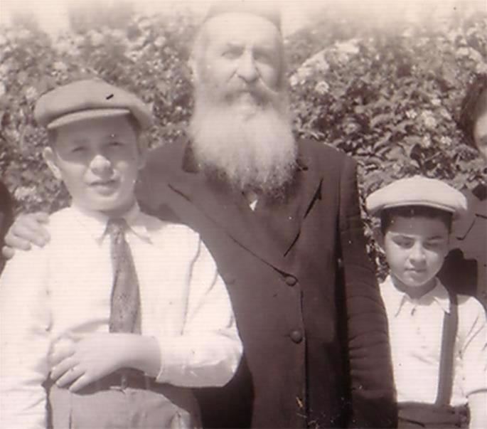 Moshe Landa, Rabbi Yaakov Landa, Eliyahu Landa