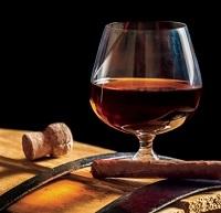 Mench Club: Whiskey, Cigars and Torah Sponsorship