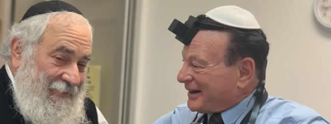 May 2019: Poway Rabbi Lays Tefillin With Surgeon, Son of Holocaust Survivors