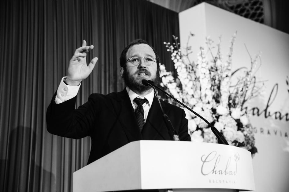 Rabbi Mendel photo.jpg