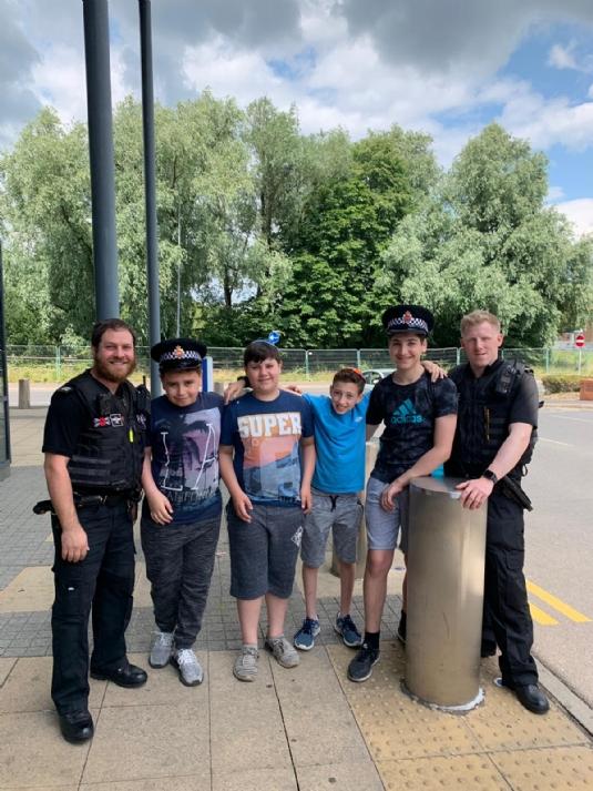 cteen volunteers with Bury Police2.jpg