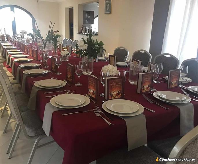 Preparando-se para a festiva refeição de Shavuot.