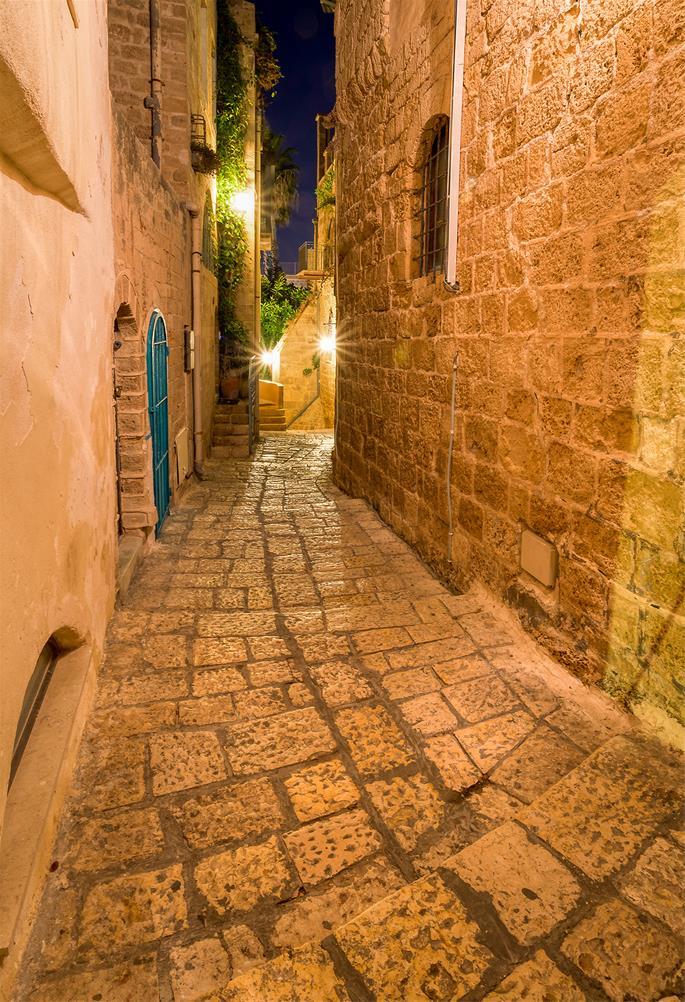 A Jaffa mística é repleta de avenidas, curvas, e ruas cobertas de pedregulhos.