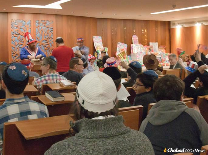 Um novo centro Chabad inaugurado recentemente já preenche toda sua capacidade.