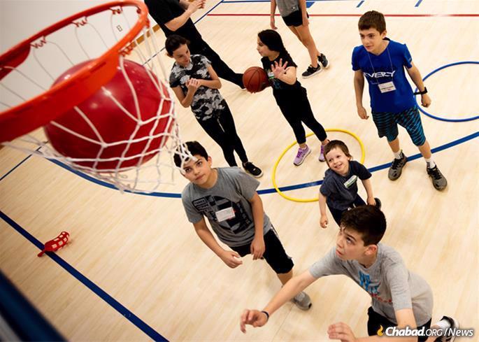 Sports and other team activities abound. (Photo: Joanie Schwartz)
