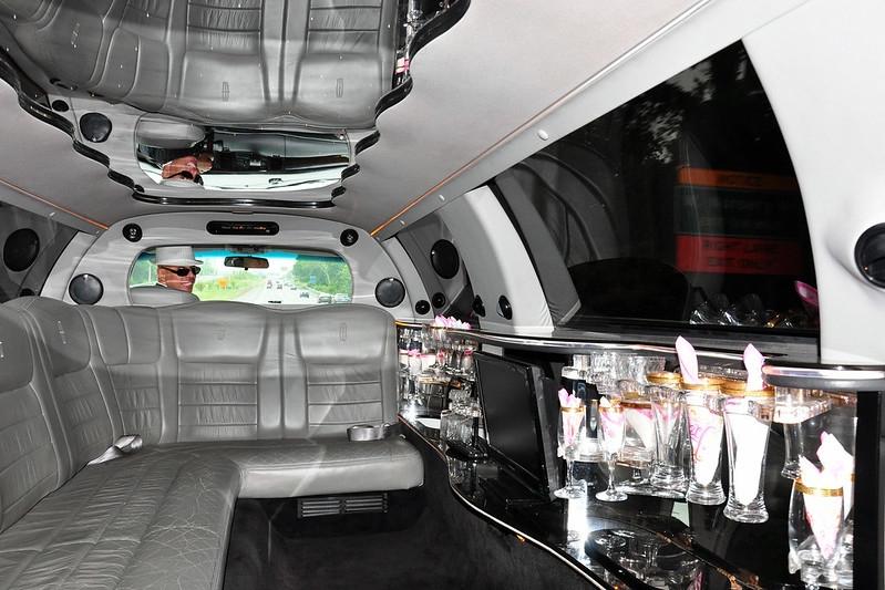 limo.jpg