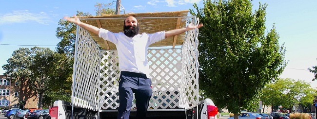 Sukkot & Simchat Torah: The (Im)possible 5-Minute Truck Sukkah