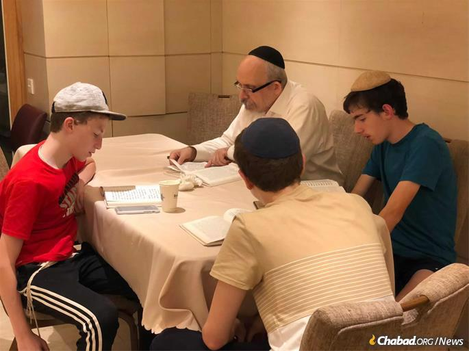 Avtzon leads a class for local youth.