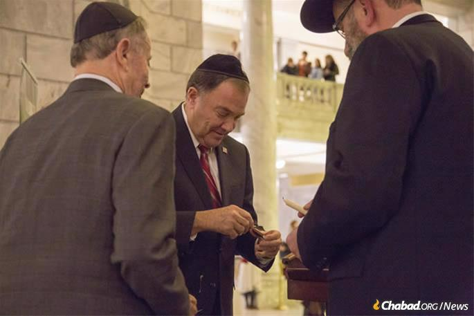 Gov. Gary Herbert joined Chabad Lubavitch of Utah for a menorah-lighting in the State Capitol in Salt Lake City.