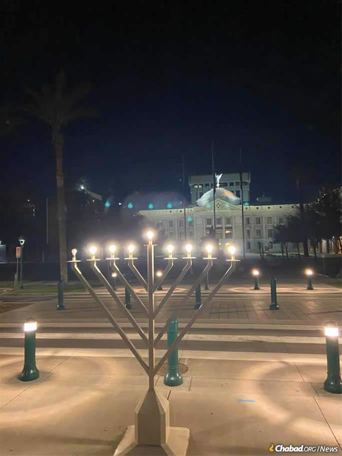 A menorah stood at Wesley Bolin Plaza, across the street from the State Capitol in Phoenix, placed by Chabad of Arizona. (Credit: Chabad of Arizona)
