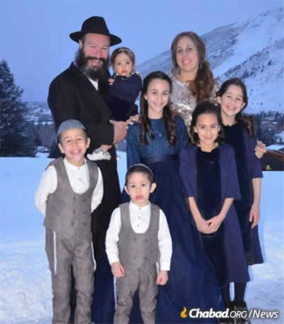 Rabbi Zalman and Raizy Mendelsohn have directed Chabad of Wyoming since Chayale, here with her five younger siblings, was an infant.