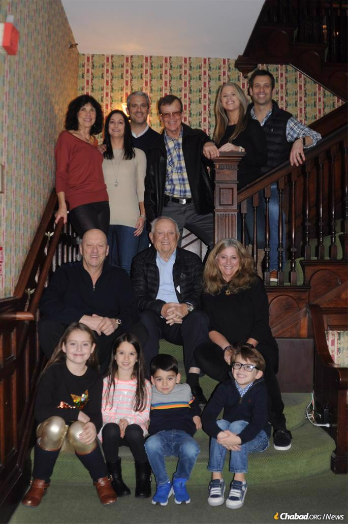 Henry with his children and grandchildren a week before his bar mitzvah