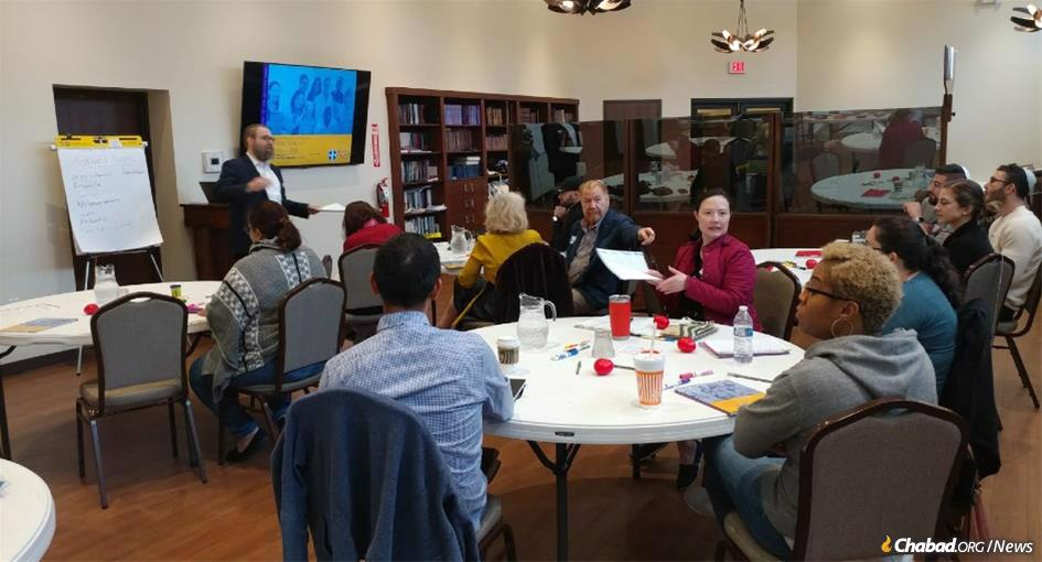 Rachel Kosoy and Rabbi Chaim Lazaroff taught an eight-hour course on Sunday on Mental Health First Aid to participants in the ShabbaTTogether weekend at Chabad of Uptown in Houston, Texas.