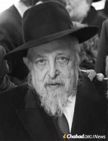 Rabbi Gurary during his years as rabbi of Chevra Shas synagogue.