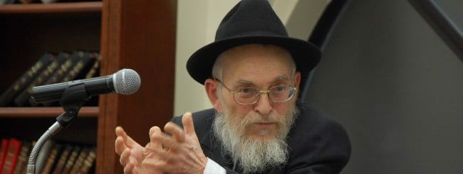 April 2020: Rabbi Yisroel Friedman, 84, Talmudic Genius and Fiery Chassid