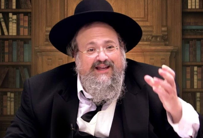 Rabbi Aharon Walkin (Photo: YouTube)