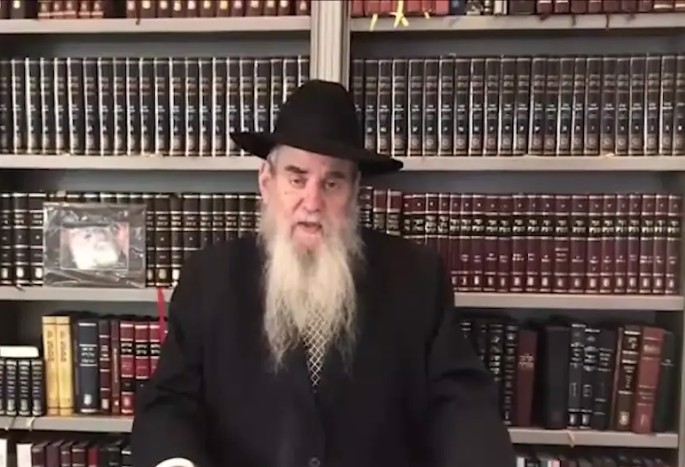 Rabbi Moshe Kotlarsky addresses thousands of Chabad-Lubavitch emissaries from around the world during an online conference.