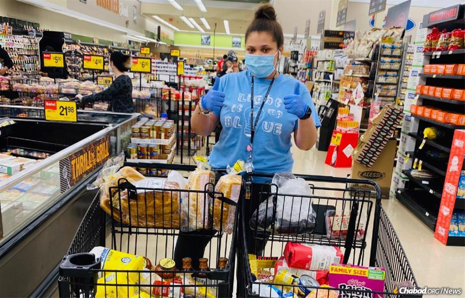Kaila Zimmerman-Moscovitch of Chicago spends many hours a day at the local supermarket, and she's there for the mitzvah of helping others.