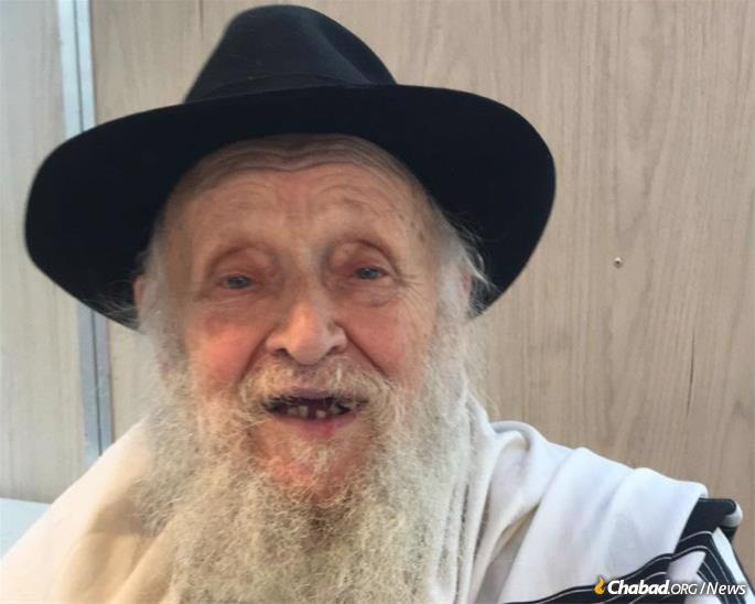 As many residents of Crown Heights can attest, Raices lived with the fervent hope that Moshiach would arrive at any moment—a belief that influenced his every move and inspired his every day.