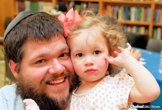 Kopman with his daughter Rishi. (Photo: Alex Kleyman)