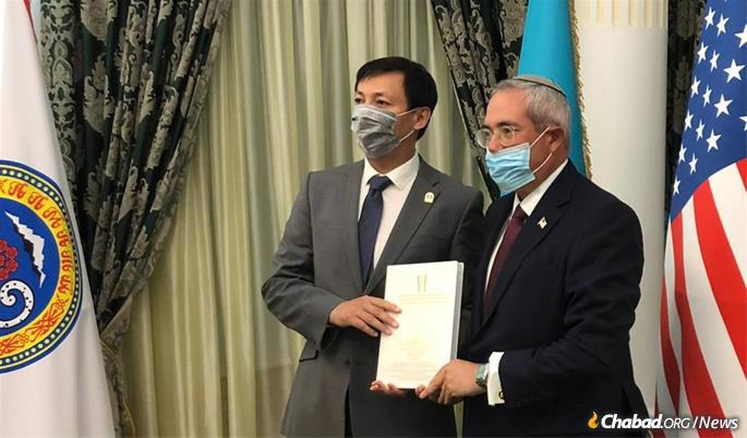 Representatives of the governments of the United States and the former Soviet republic of Kazakhstan gathered to formally designate the resting place a Kazakh National Heritage site.