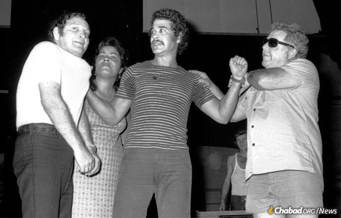 Barkan, center, was famous for the roles he played in Israeli comic melodramas.