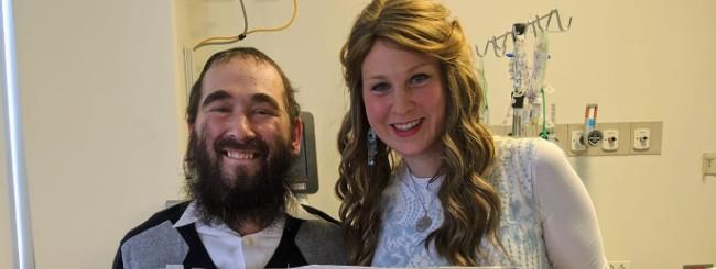 Covid Survivor Rabbi Yudi Dukes Returns Home After 242 Days in the Hospital
