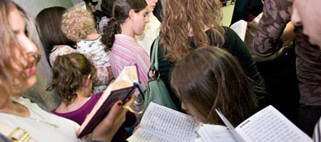 Women gather at the resting place of the Lubavitcher Rebbe, Rabbi Menachem Mendel Schneerson, or righteous memory, on the anniversary of his passing. Photo: Menachem Serraf