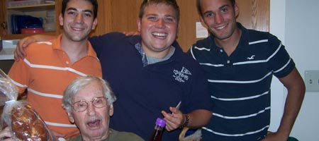 ZBT brothers delivered food packages to Jewish Philadelphia residents during their national convention last week.