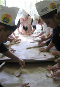 Hands-on Judaism at the Chabad Lubavitch center in Berlin