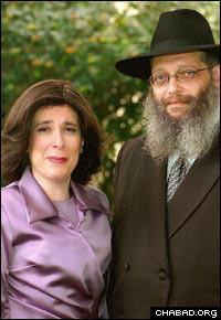 Rabbi Zalman and Faigie Itkin, shortly before his untimely death last year