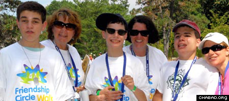 """Smiles all around at the first """"Friendship Walk"""" for Friendship Circle of New Jersey (Photo: Julia Kaplan)"""