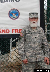 Col. Jacob Goldstein outside detainee camp operated by the U.S. military in Guantanamo Bay, Cuba (Photo: US Army PAO)