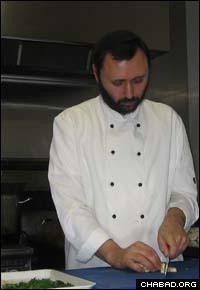 Rabbi Chef David Trakhtman at work