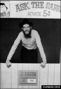 """Rabbi Dov Hillel Klein, shown here shortly after arriving to Northwestern University, established his """"Ask the Rabbi"""" booth on the campus more than 20 years ago."""