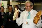 Australian Prime Minister Rolls Challah Dough
