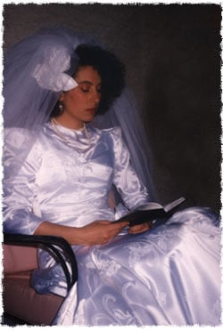Shimona praying on the day of her wedding