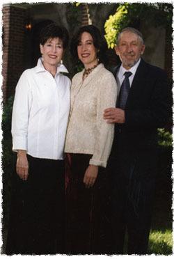 Shimona avec ses parents Marsha et Solly