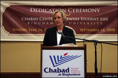 Binghamton University president Lois. B. DeFleur addresses the estimated 600 guests inside the great hall of the new Chabad Center for Jewish Life. (Photo: Julie Munn)