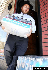 Rabbi Zev Wineberg prepares for the marathon from his Long Island City home. (Photo: Yosef Lewis)
