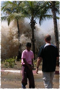 ממראות הצונאמי באסיה, 2004