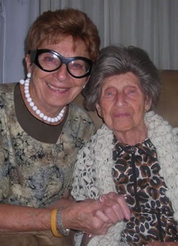 Miriam Pollack and her 83-year-old daughter Lilyan