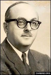 Rabbi David B. Hollander as a young rabbi (Photo courtesy of JEM)