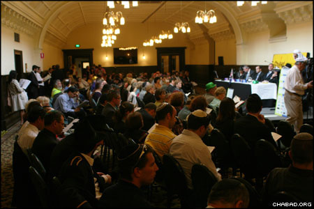 Hundreds of people from Melbourne's business community attended the standing room-only Purim party at Town Hall.