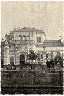 ארמון עתיק בס. פטרבורג שברוסיה