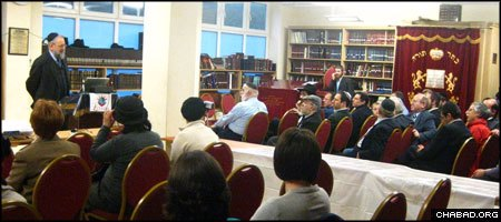 New York University professor Lawrence H. Schiffman addresses the Beis Menachem Community Centre in Manchester, England.