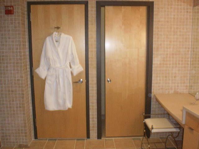 ww robe.jpg