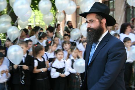 Rabbi-Avroom-Wolff-Odessa-Jewish-children.JPG