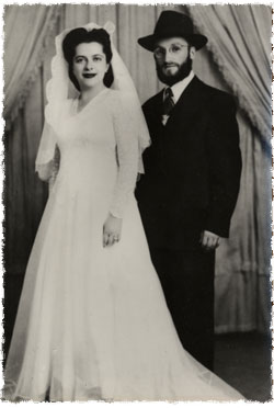 Chaim Meir and Esther Bukiet's wedding picture.