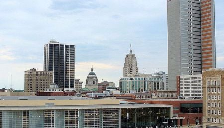 This pic of downtown Fort Wayne just typifies Middle America.